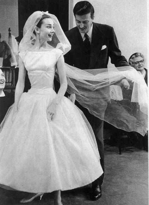 audrey-hepburn-sposa-in-film