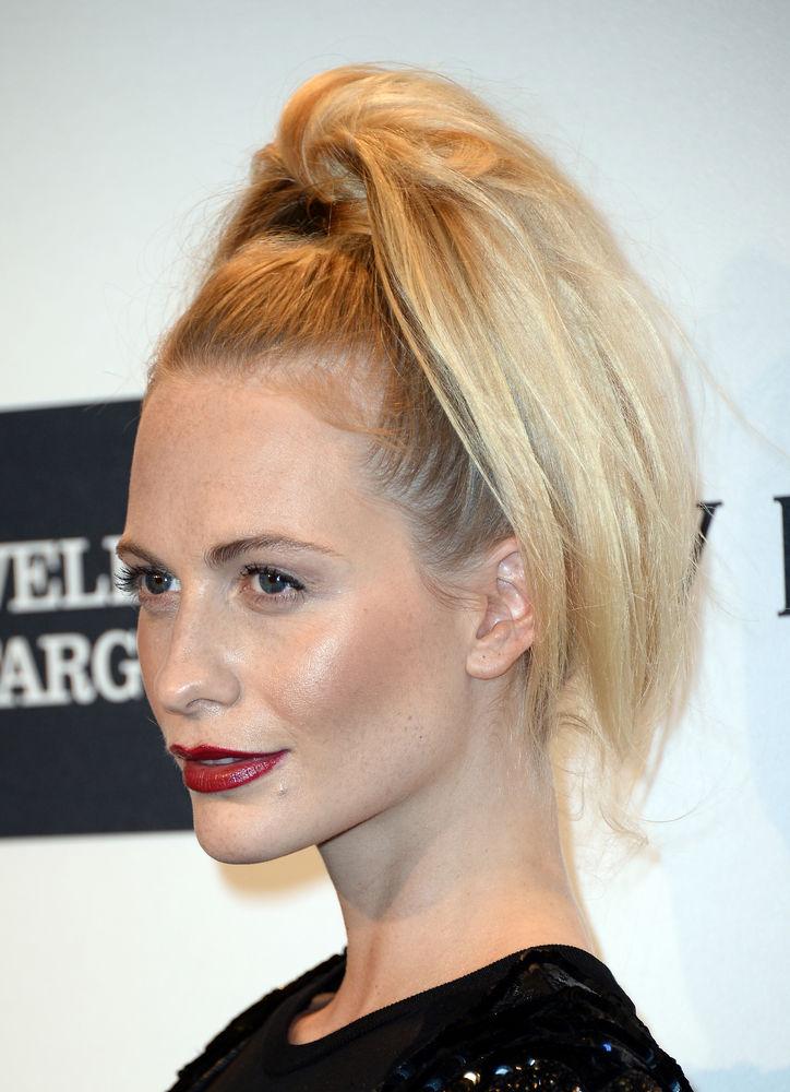poppy-amfar-ponytail-side-w724