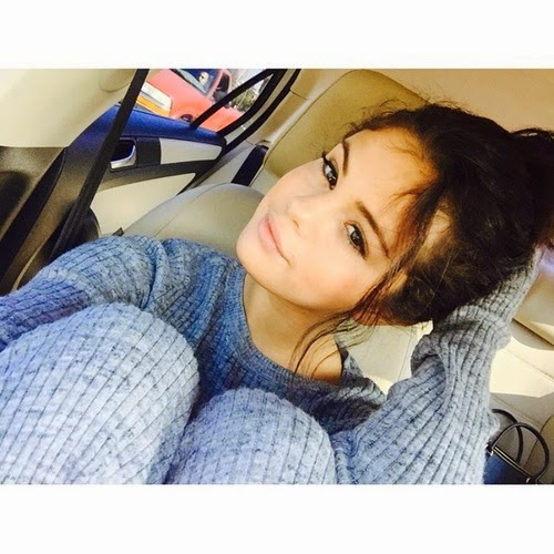 selena-gomez-selfie-of-the-day-natural