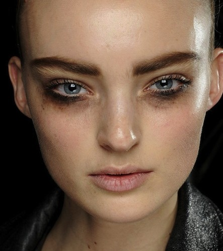 Louis-Vuitton-Fall-2012-makeup-Beauty-Editor.ca_1-443x500