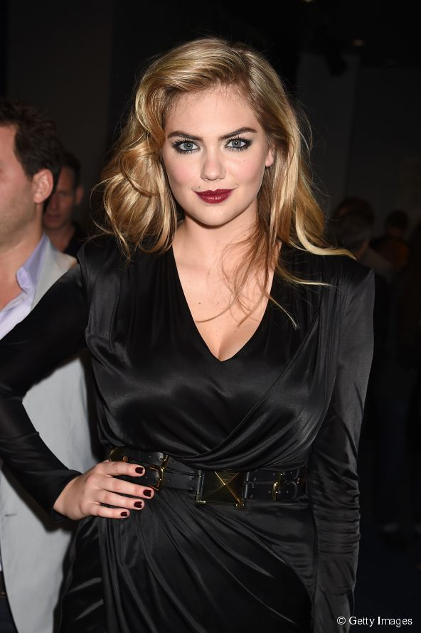 18192-model-kate-upton-attends-the-2014-mtv-592x0-1