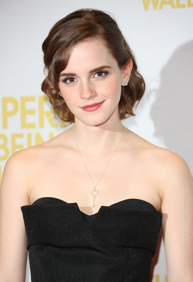 CELEBUTOPIA-EmmaWatson-Perks-London-Sept26__4_