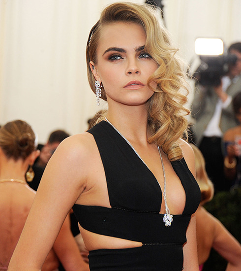 cara_delevingne_daughter_model_19puvs1-19puvs5