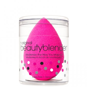 cliomakeup-beauty-blender-5-modi-usare-spugnetta-trucco-tecniche-pulizia