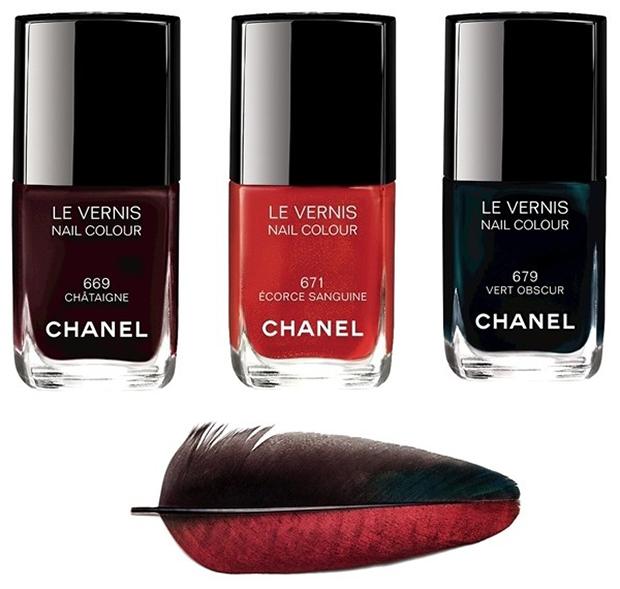 – 669 Chataigne, melanzana; – 671 Ecorce Sanguine, rosso sangue; – 679 Vert Obscur, teal scurissimo.