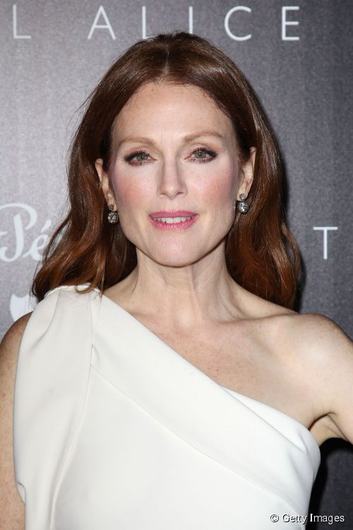 7962-julianne-moore-at-a-screening-of-sony-500x0-1
