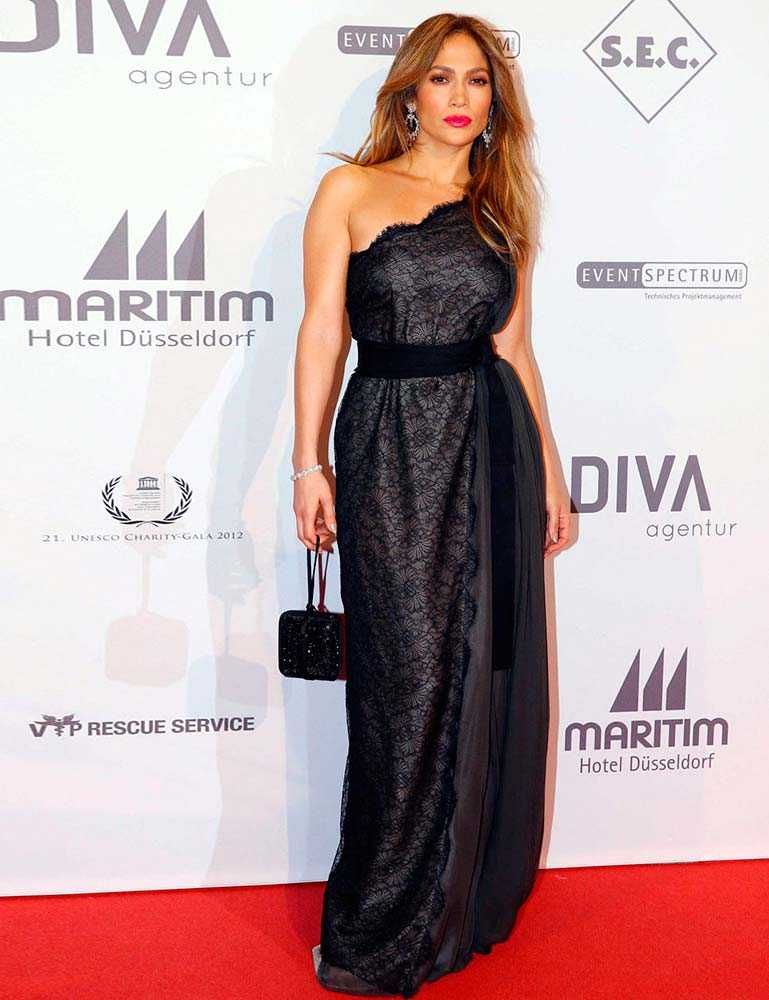 2012-10-lanvin-dress-unesco-charity-gala-jennifer-lopez-style-file-rex__large
