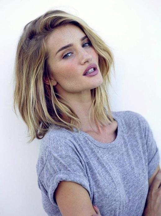 4-Le-Fashion-Blog-25-Inspiring-Long-Bob-Hairstyles-Lob-Blonde-Wavy-Hair-Rosie-Huntington-Whiteley-Instagram