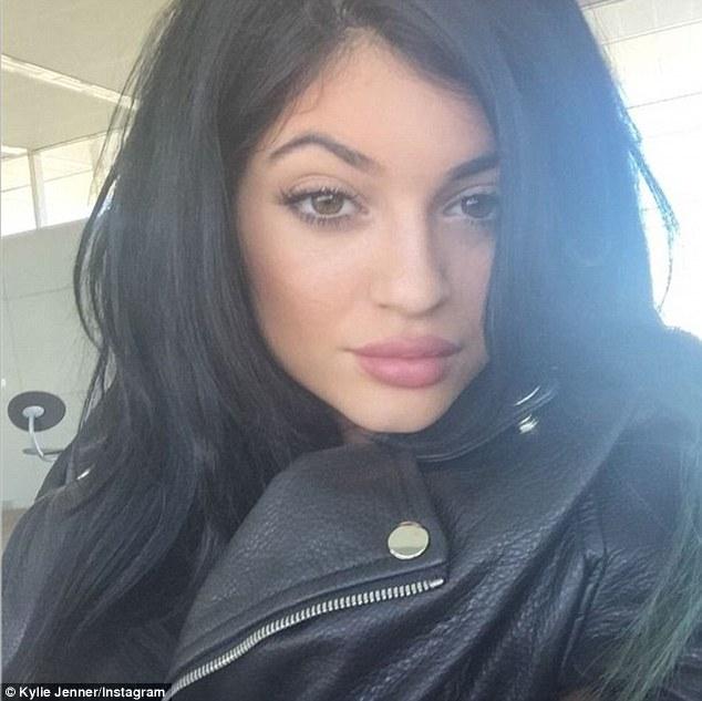 MAKEUP_KYLIE1416165011882_wps_33_Kylie_Jenner_Instagram