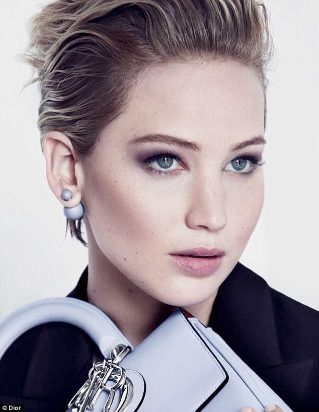 Jennifer Lawrence Dior cliomakeup