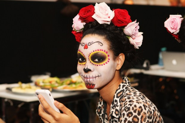 ????????Lena_Hoschek_mexican-skull-makeup-idea