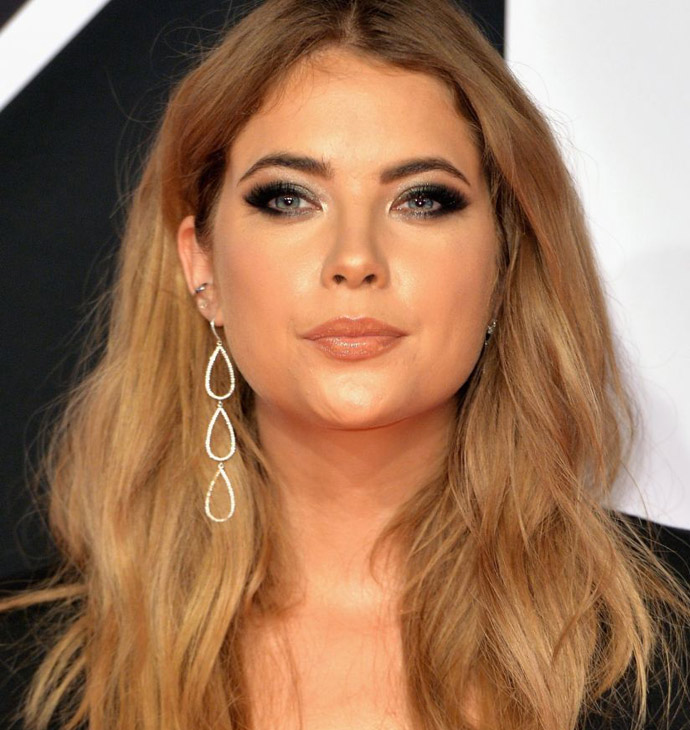 Ashley Benson_ashley-benson-at-mtv-european-music-awards-2015-01