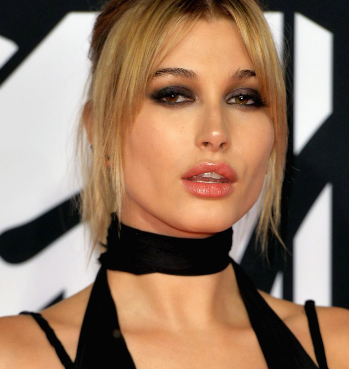 Hailey Baldwin-hailey-baldwin-at-mtv-european-music-awards-2015-in-milan-10-25-2015_9