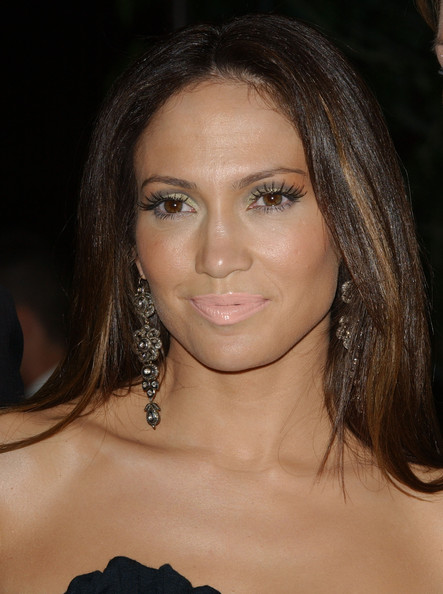 Jennifer+Lopez+Makeup+Nude+Lipstick+BPjWOi55sMIl
