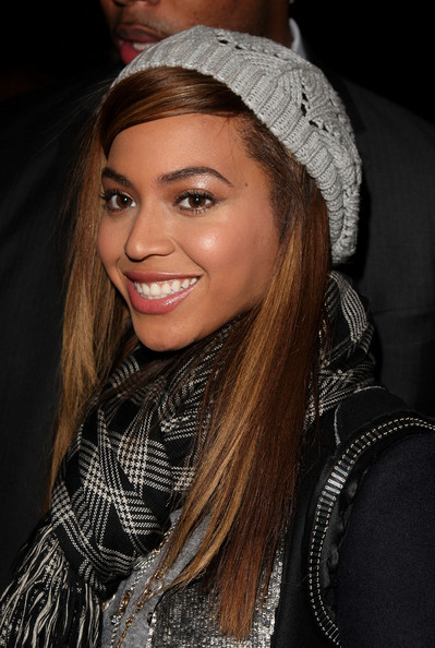 Beyonce+Knowles+Winter+Hats+Cable+Beanie+BrRwCBNlBrbl