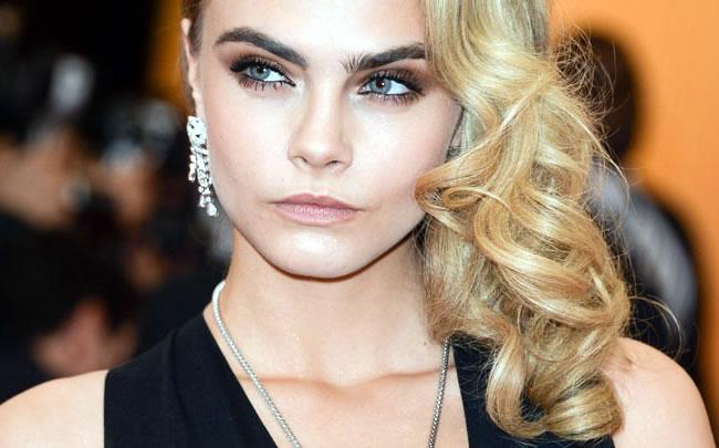 ______Cara-Delevingnes-Eye-Brows