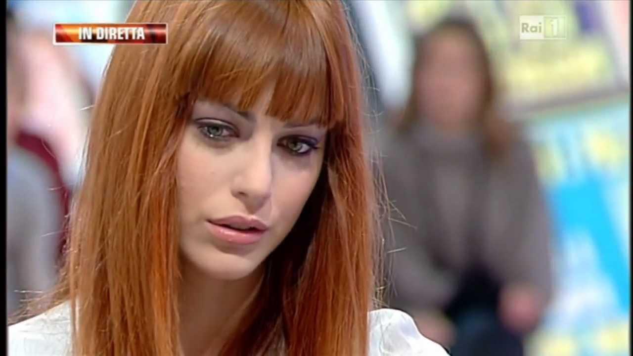 _MIRIAM_LEONE_CLIO_CAPELLI