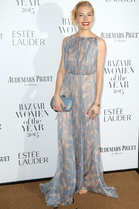hbz-bazaar-women-awards-sienna-miller