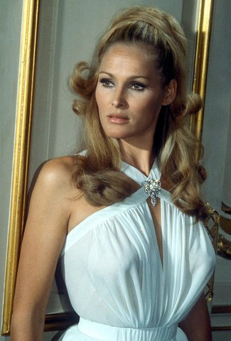 04-ursula-andress-beauty