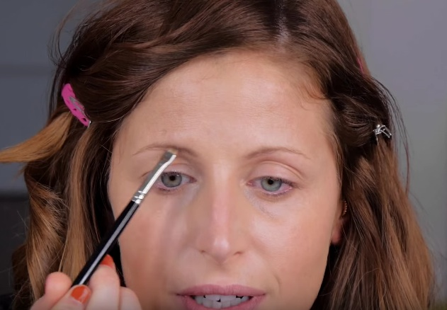 cliomakeup-ordine-makeup-prima-dopo-prodotti-viso-fondotinta-sopracciglia
