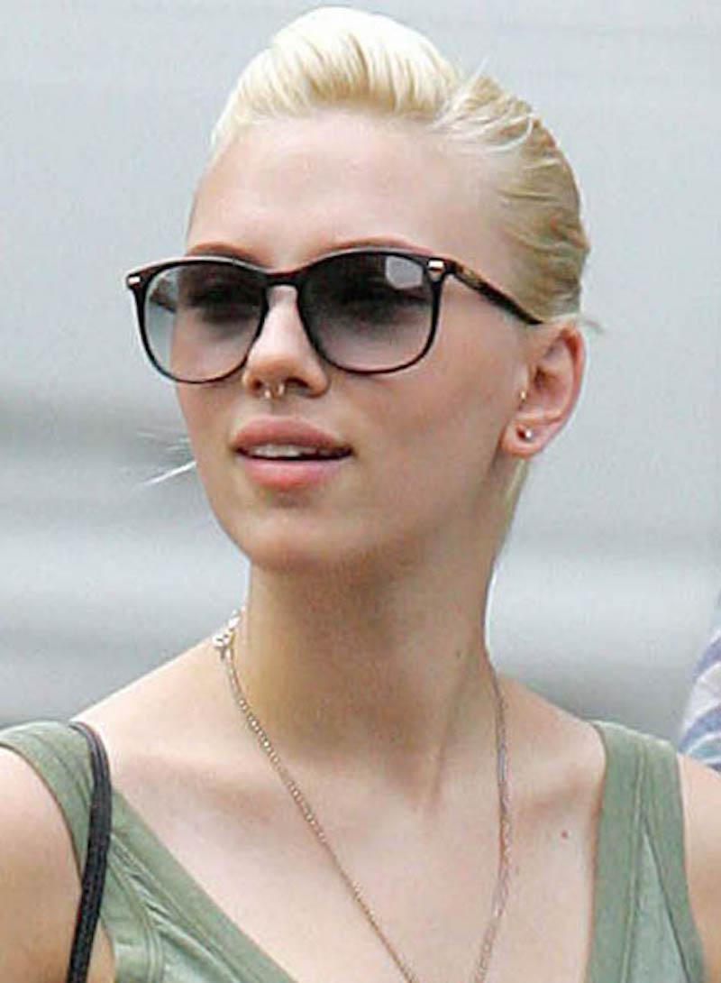 Cliomakeup-Piercing-vip-celebrity-Scarlett