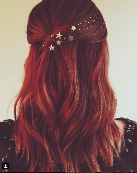 Cliomakeup-capelli-accessori-oro-@Kristin_Ess