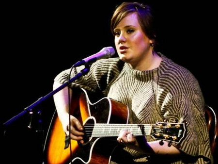 cliomakeup-coolspotting-adele-guitar
