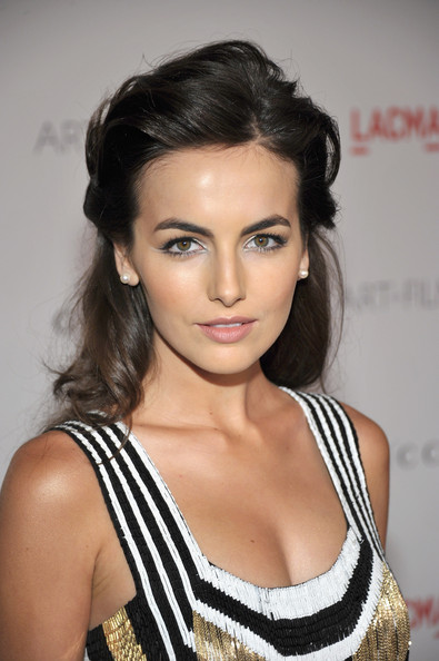 _cliomakeup_capelli_medi_AcconciatureCamilla+Belle+Updos+Half+Up+Half+Down+gueaHF7Wf2Rl