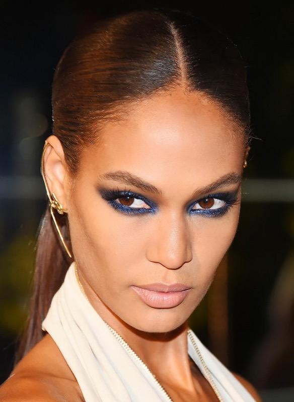 ClioMakeUp-trucco-capodanno-2016-occhi-blue-smoky-indigo
