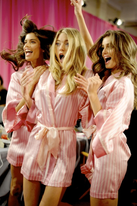 Cliomakeup-victorias-secret-fashion-show-2015-wow-moment