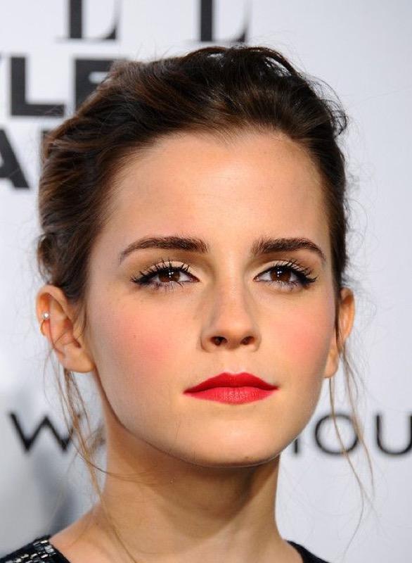 Emma Watson rossetto rosso