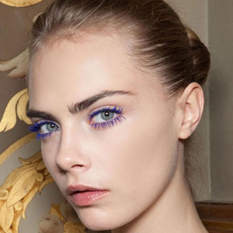 cliomakeup-mascara-top-seller-2015-5-cara-delevigne