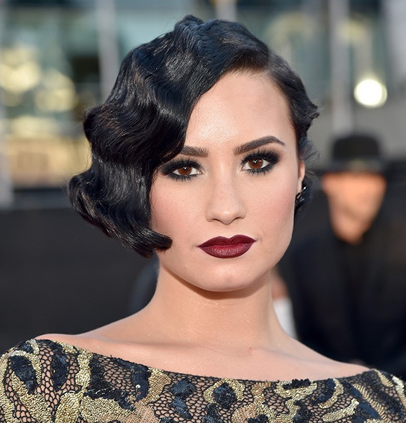 cliomakeup-demi-lovato-total-look