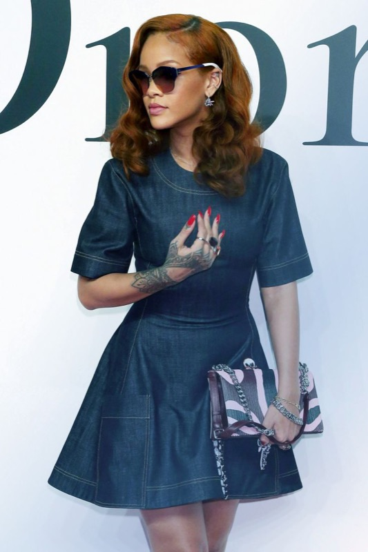 ClioMakeUp-Rihanna-coolspotting-look-capelli-make-up-trucco-capelli-dior