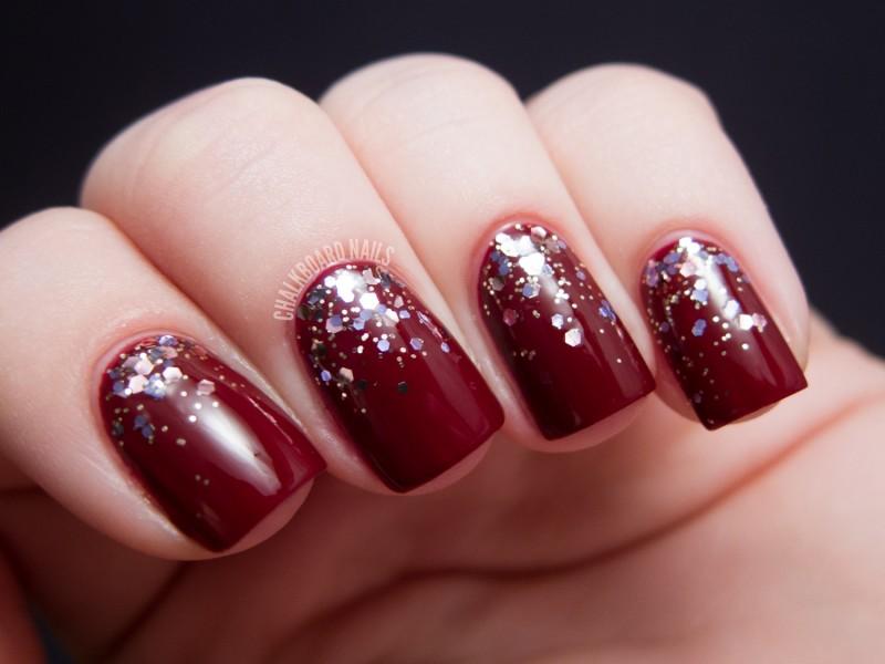 cliomakeup-glitternails-red