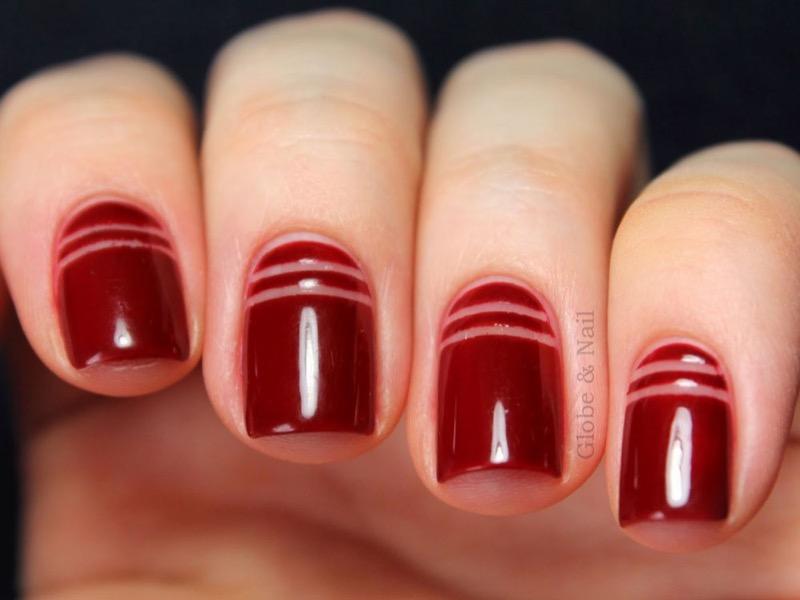 cliomakeup-nail-art-semplici-veloci-8-space-negative-rosso