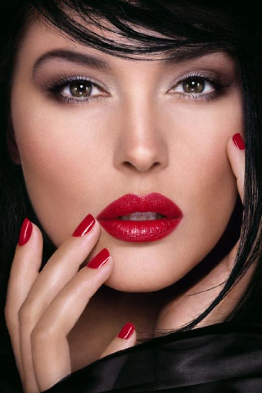 Monica Bellucci rossetto rosso