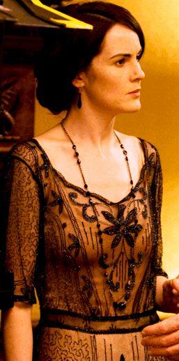 ClioMakeUp-Downton-abbey-trucco-makeup-vestiti-stile-anni-20-mary-ricami