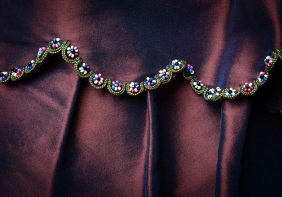 ClioMakeUp-Downton-abbey-trucco-makeup-vestiti-stile-anni-20-mary-ricami-dettaglio