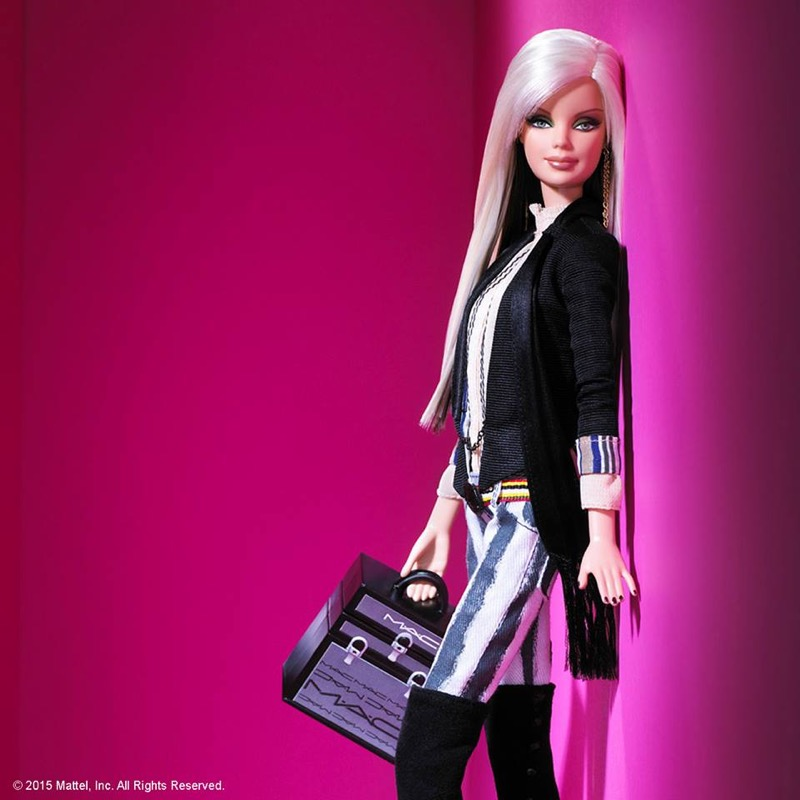 ClioMakeUp-Barbie-evoluzione-taglie-altezze-curvy-petite-tall-nuove-carngioni-mac