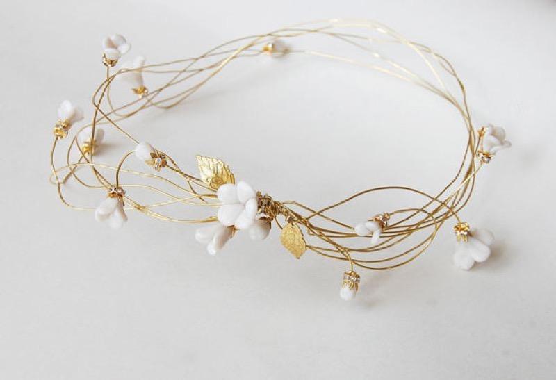 ClioMakeUp-matrimonio-inverno-sposa-invitata-trucco-colore-capelli-gioiello-coroncina-foglia-oro-elibre-127,50