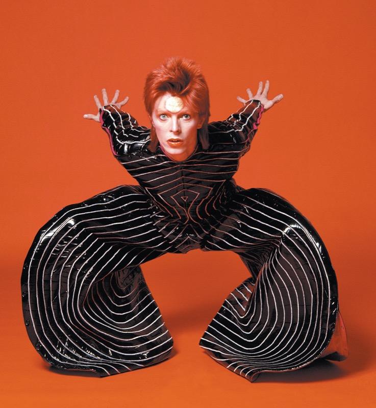 ClioMakeUp-David-Bowie-makeup-trucco-beuaty-look-1974