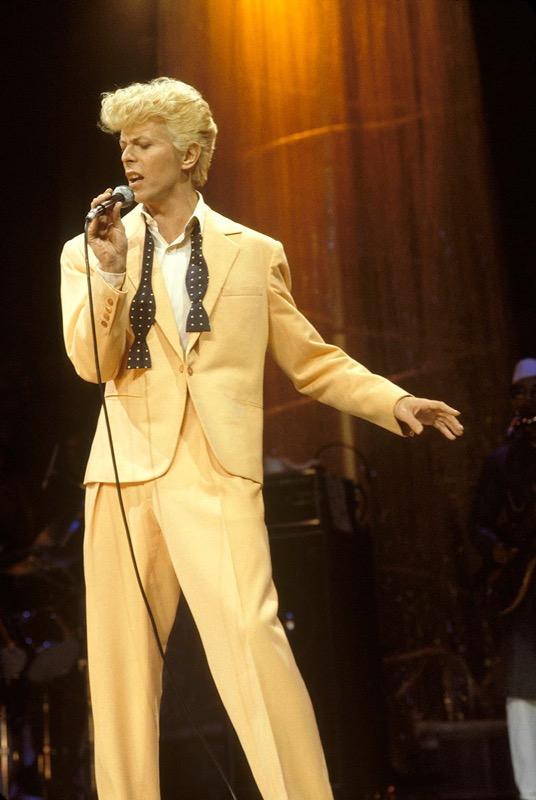 ClioMakeUp-David-Bowie-makeup-trucco-beuaty-look-1983