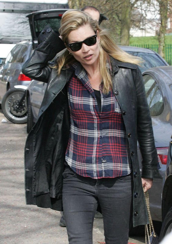 ClioMakeUp-vip-star-senza-trucco-street-style-kate-moss
