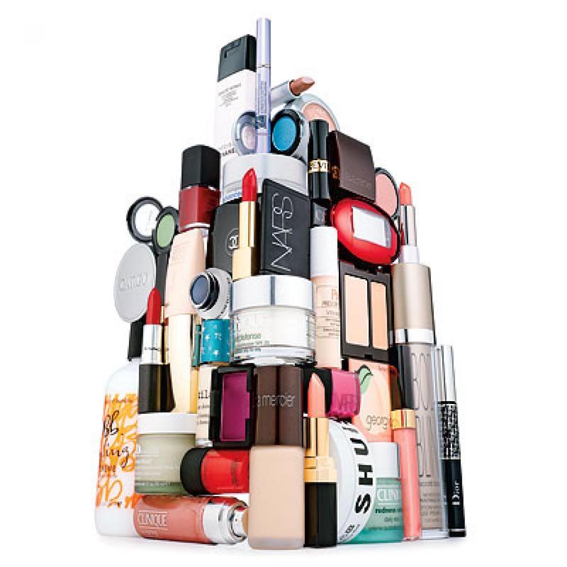 cliomakeup-come-organizzare-trucchi-creme-prodotti-bellezza-1-cosmetici