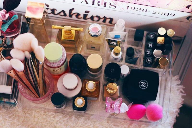 Organizzare I Cassetti Del Bagno : Idee per organizzare trucchi creme prodotti di bellezza