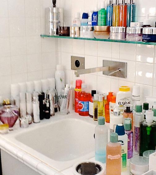 Idee per organizzare trucchi, creme, prodotti di bellezza ...