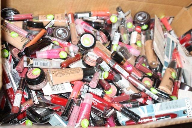 cliomakeup-come-organizzare-trucchi-creme-prodotti-bellezza-19-repulisti