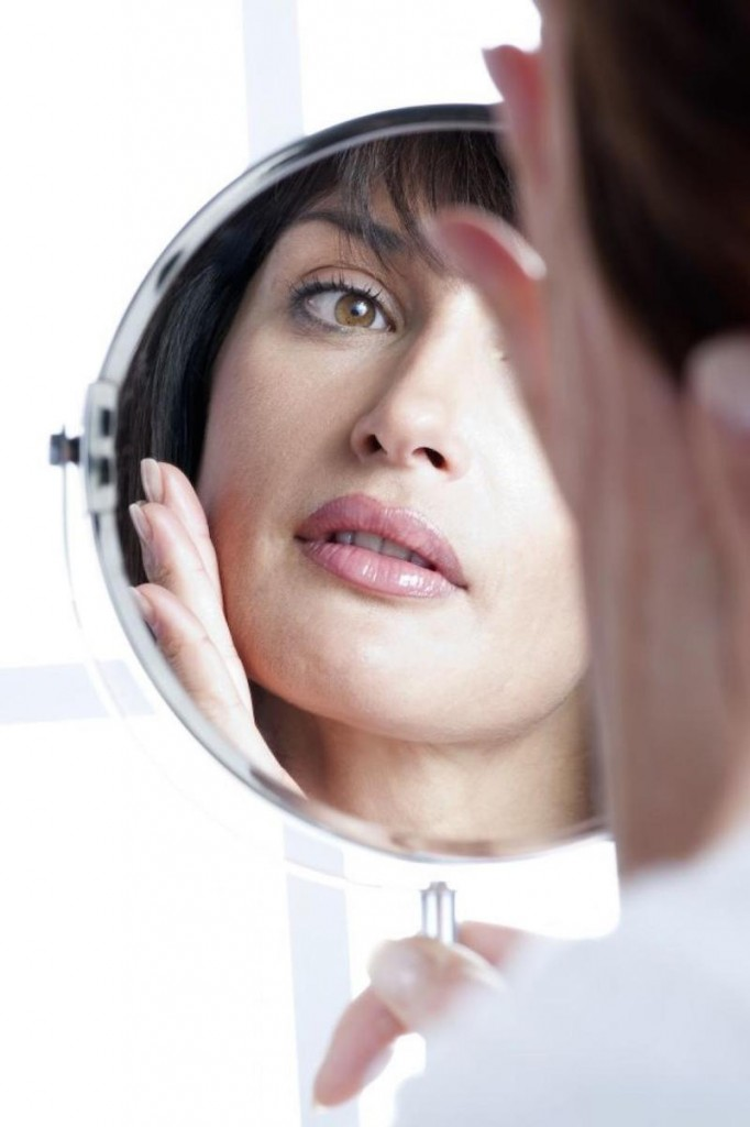 cliomakeup-trousse-ideale-basic- prodotti-indispensabili-viso-skincare