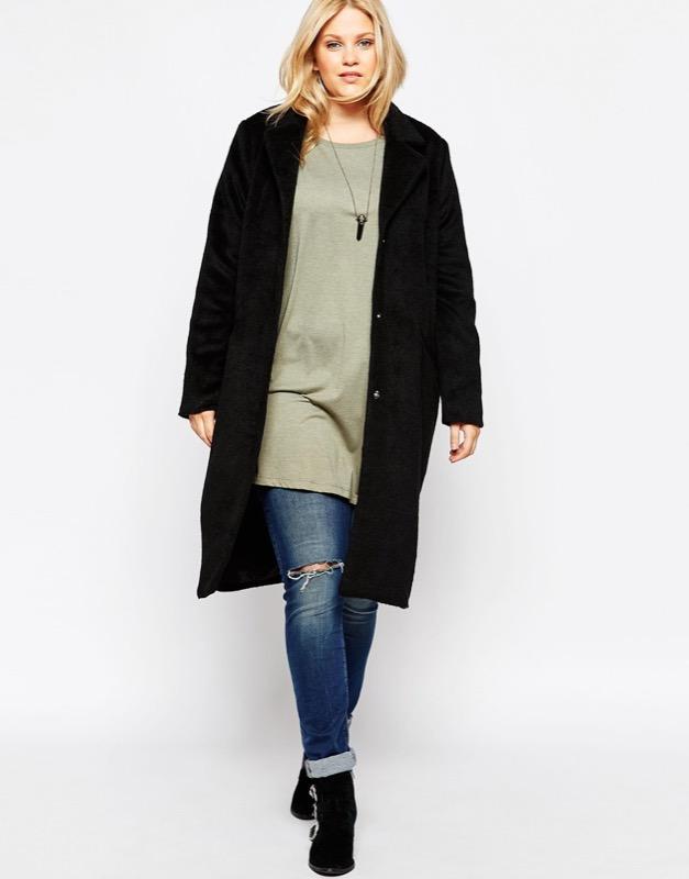 ClioMakeUp-moda-cappotto-maglione-guanti-cappa-caldo-inverno-2016-saldi-asos-over-plus-size-nero